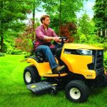 Top 10 Best Rated Lawn Tractors 2021
